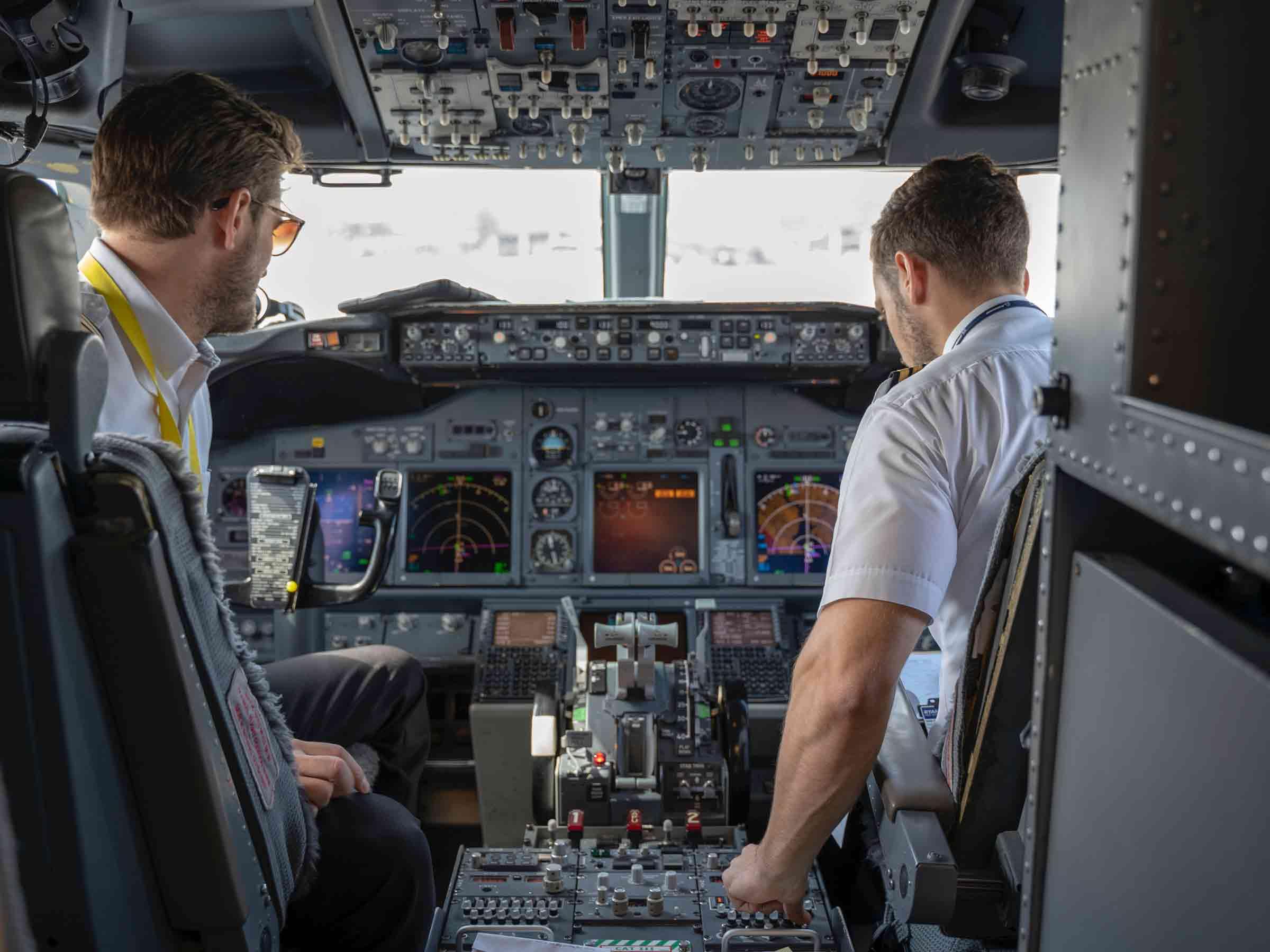 airline-pilot-shortage